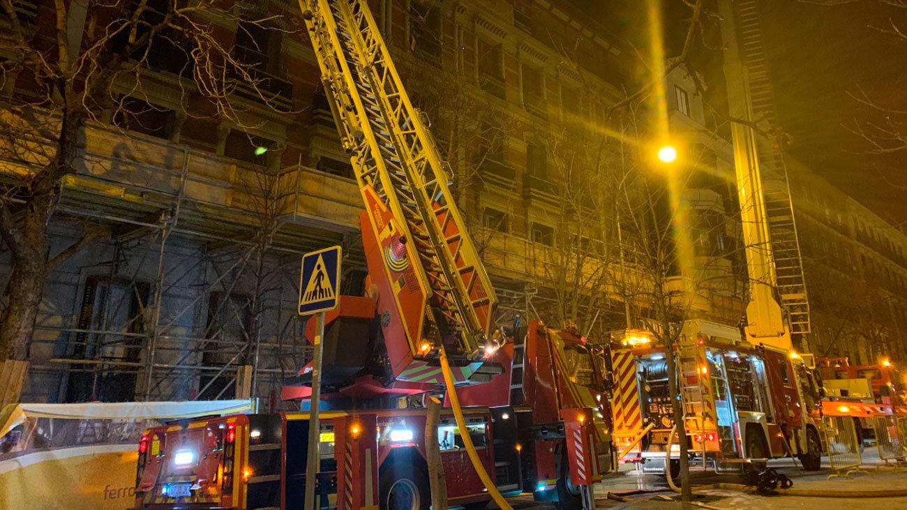 Incendio en un edificio en rehabilitación en el centro de Madrid
