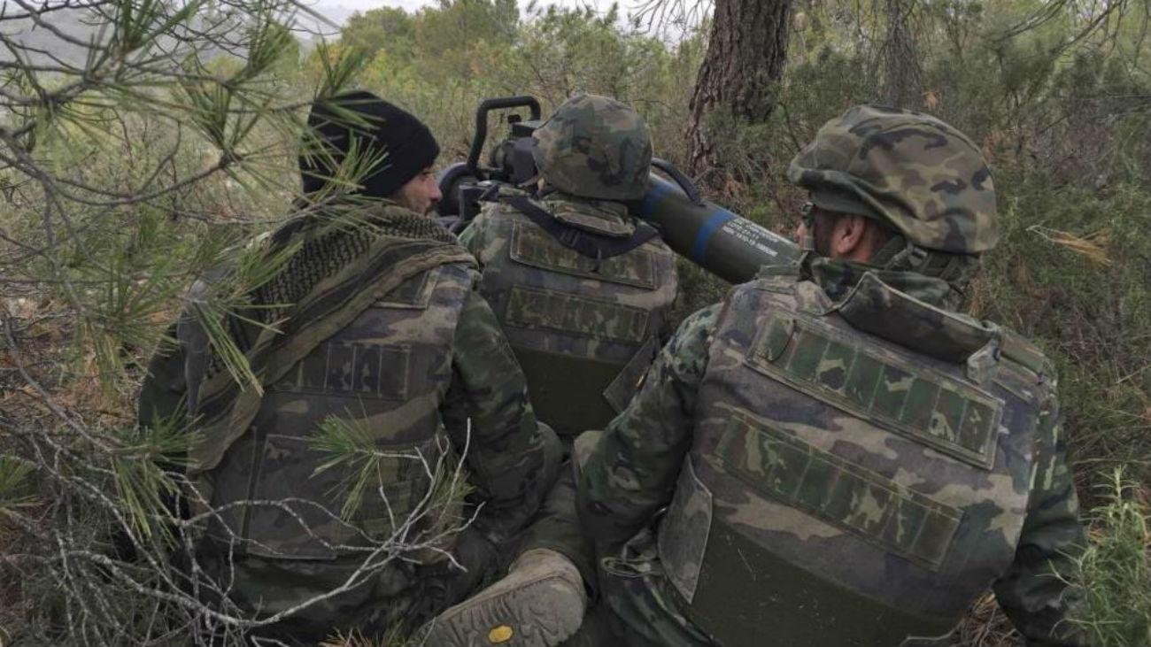 Soldados en maniobras