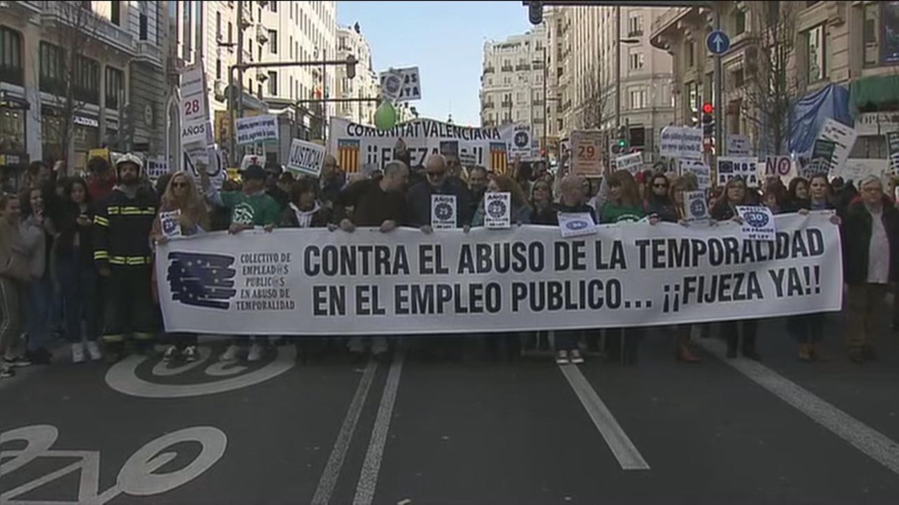 Empleados públicos de toda España se manifiestan por un trabajo fijo