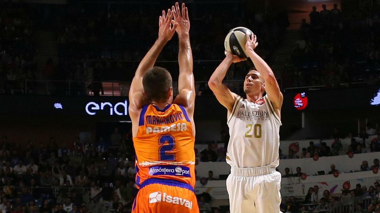 Carroll ante el Valencia Basket