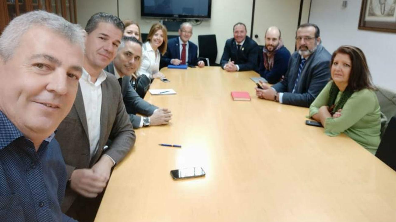 Siete alcaldes del sur de Madrid (Foto: @FJavierCanas)