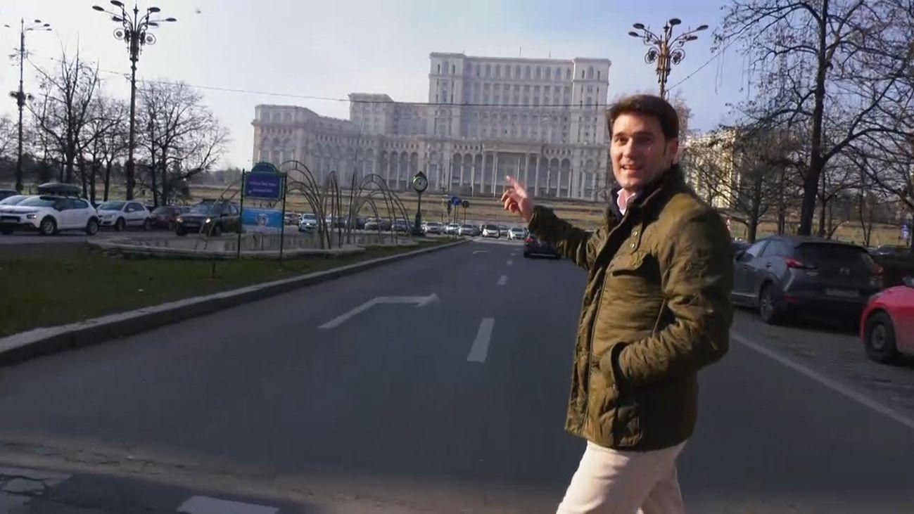 La Casa del Pueblo de Bucarest, el segundo edificio más grande del mundo