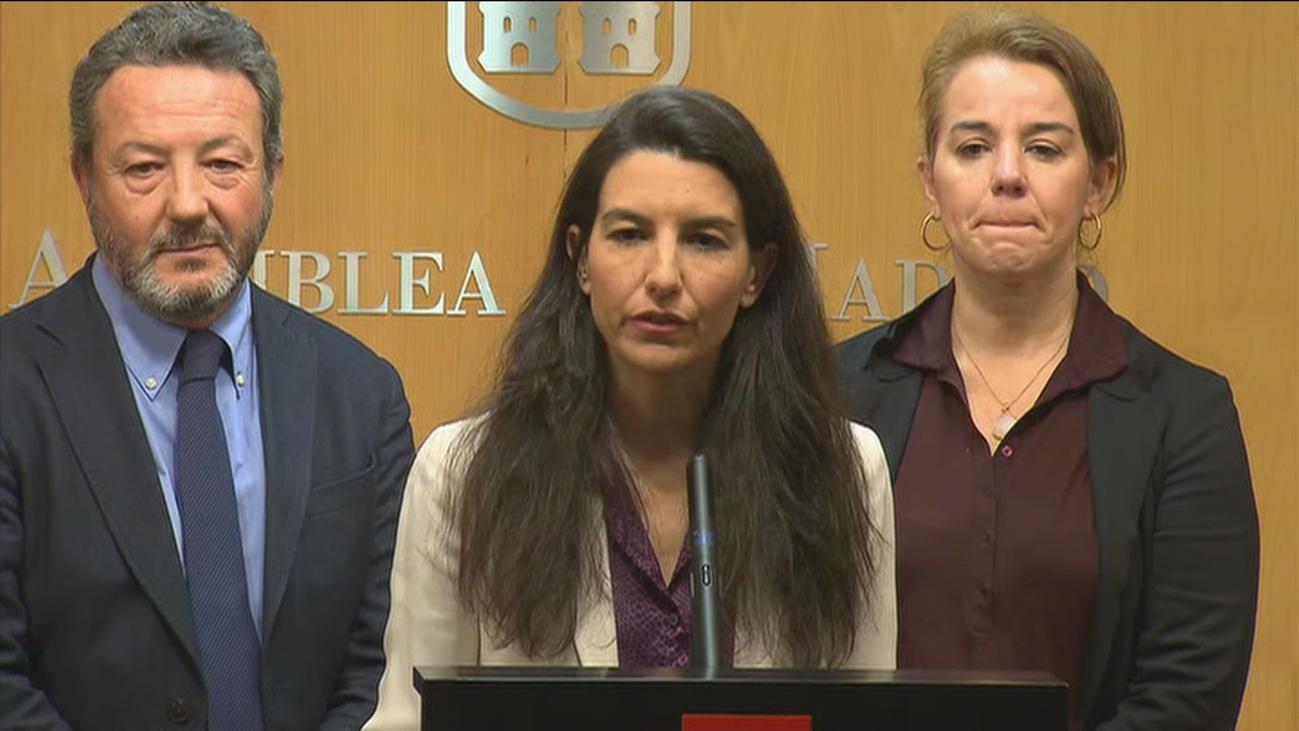 Rechazada la iniciativa de Vox para que el Gobierno madrileño cobre el SMI si no hay presupuestos