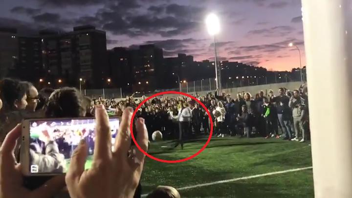 El penalti de Almeida que se convirtió en un balonazo a un niño