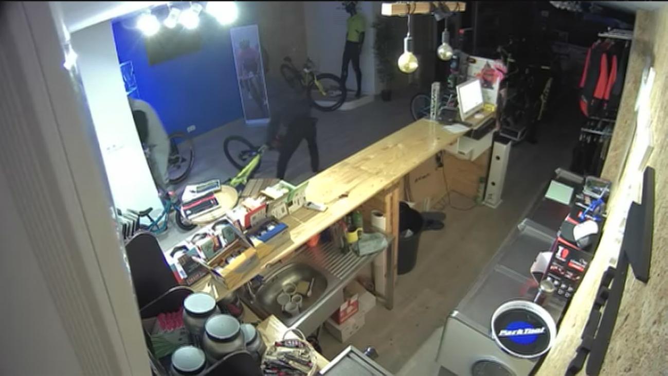 La Guardia Civil detiene a una banda de aluniceros acusados de una treintena de robos