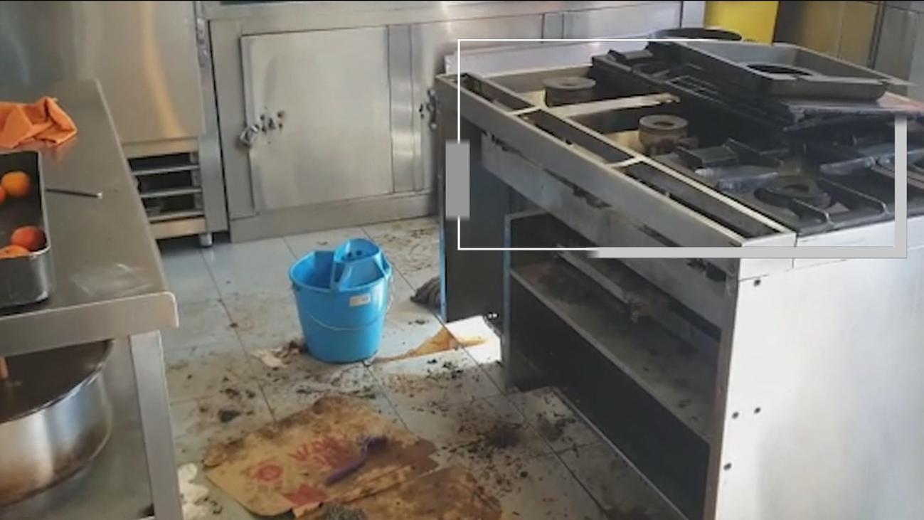Encuentran una rata viva en el horno del Parque de Bomberos de Collado Villalba
