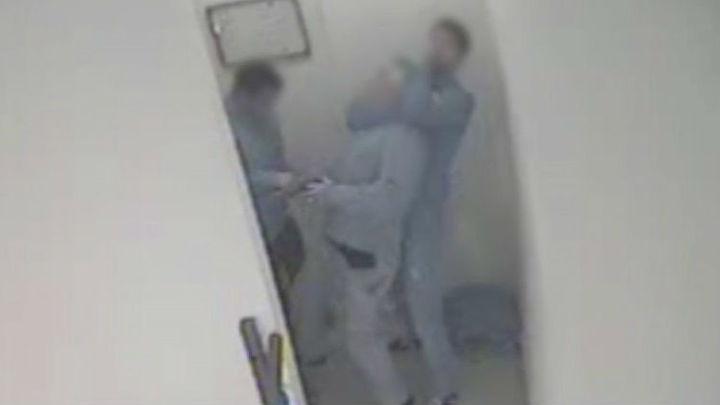 Detenido un hombre en Usera por varios asaltos con la técnica del 'mataleón'