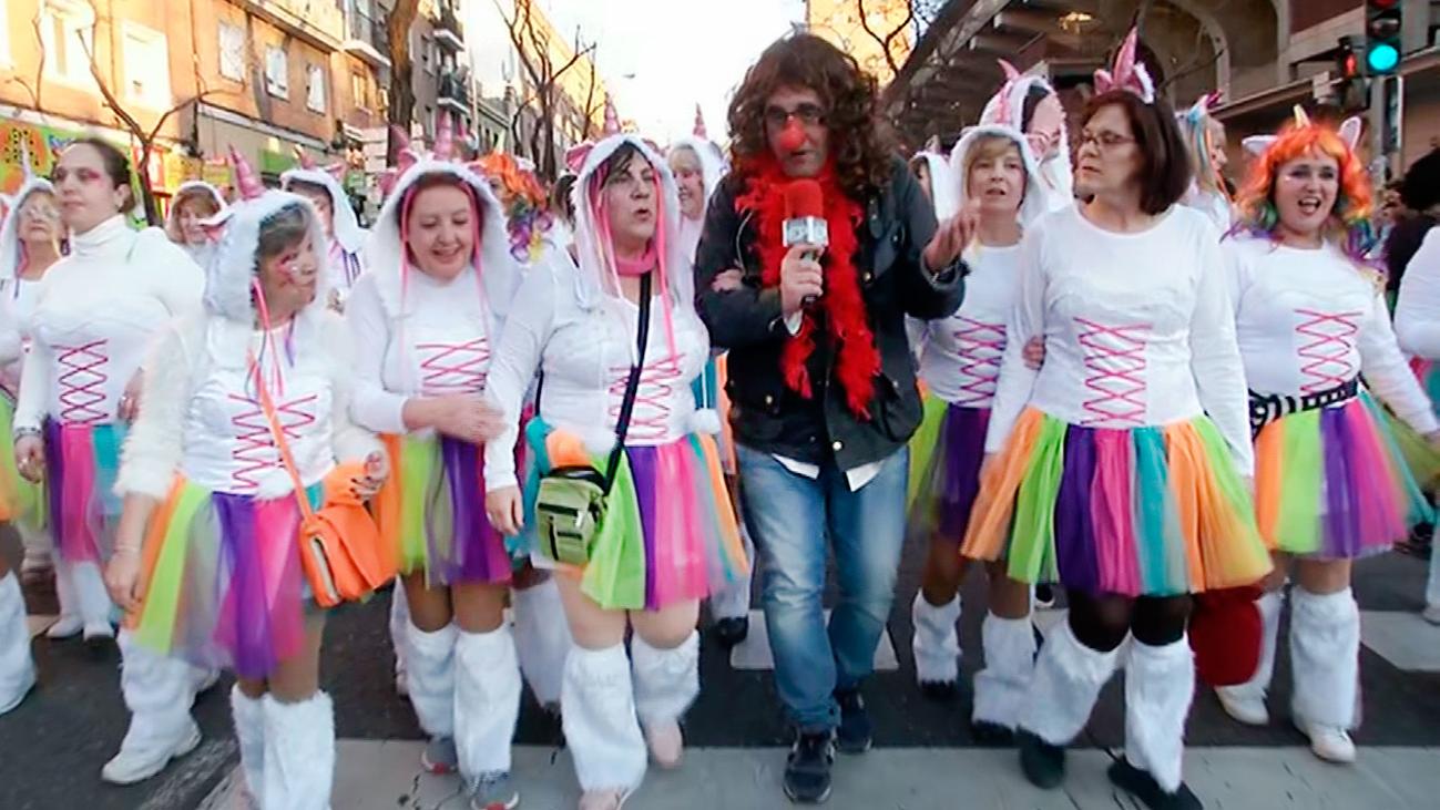 Llega el carnaval a las calles de Vallecas