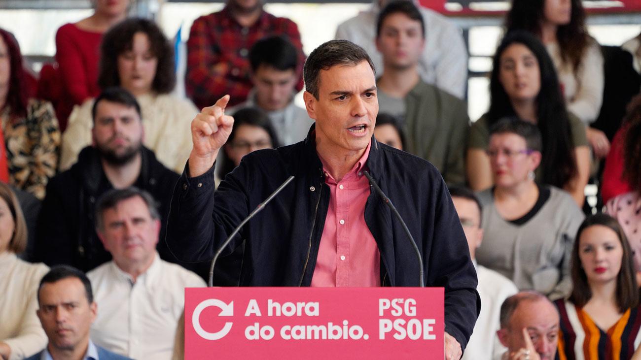 """Sánchez insiste en el diálogo con Cataluña y rechaza lecciones del """"tripartito del Apocalipsis"""""""