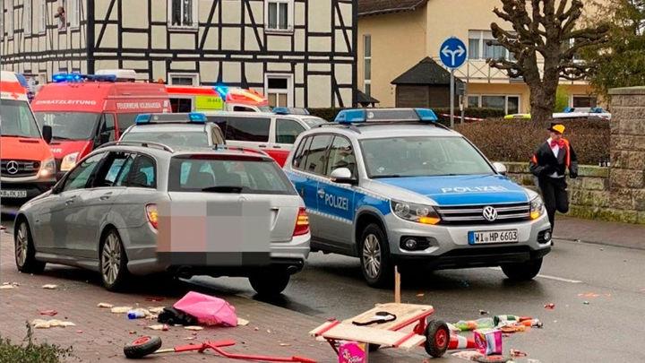Al menos quince heridos por un atropello masivo en un carnaval en Alemania