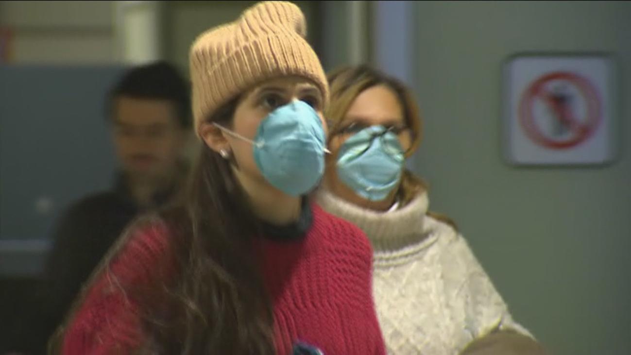 Sanidad convoca este martes a las Comunidades ante la expansión del coronavirus