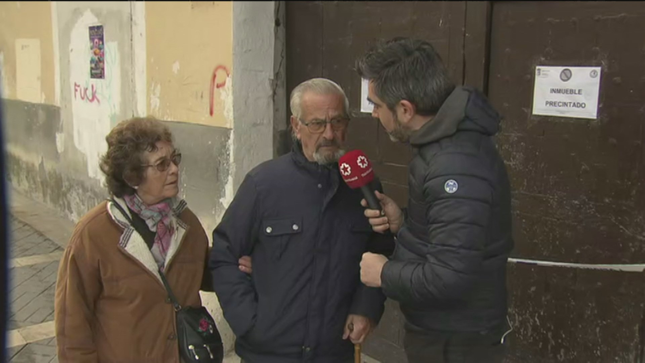 Un matrimonio de Aranjuez, sin casa y en la calle a sus 80 años tras declararse su casa en ruinas