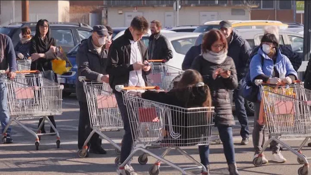 Numerosos españoles abandonan Italia por el coronavirus