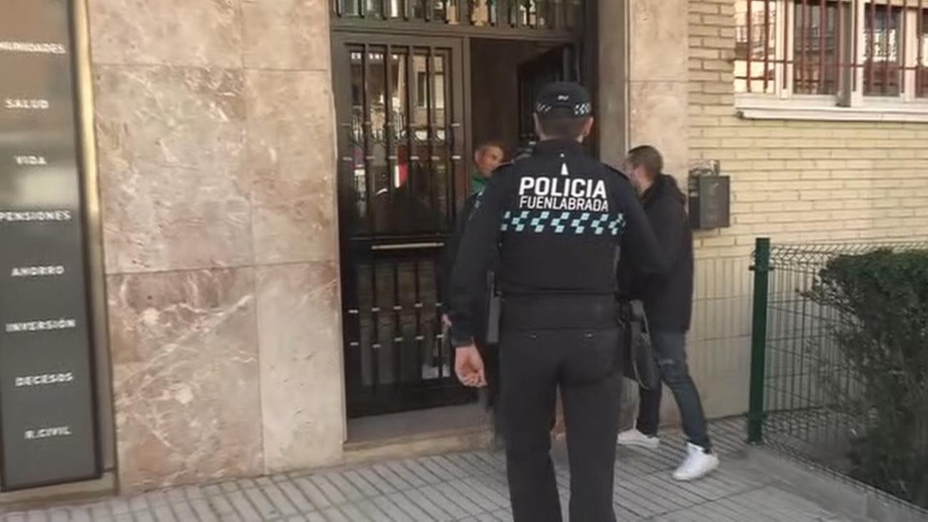 Luto y conmoción por el asesinato machista en Fuenlabrada