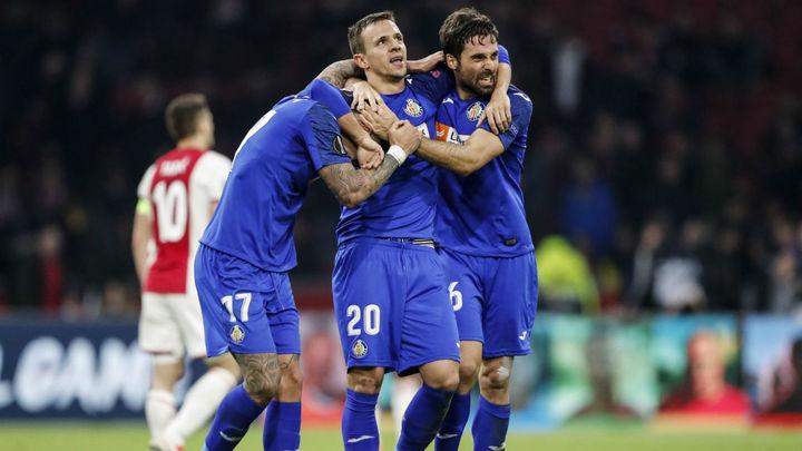 2-1. El 'EuroGeta' se carga al Ajax y sigue soñando