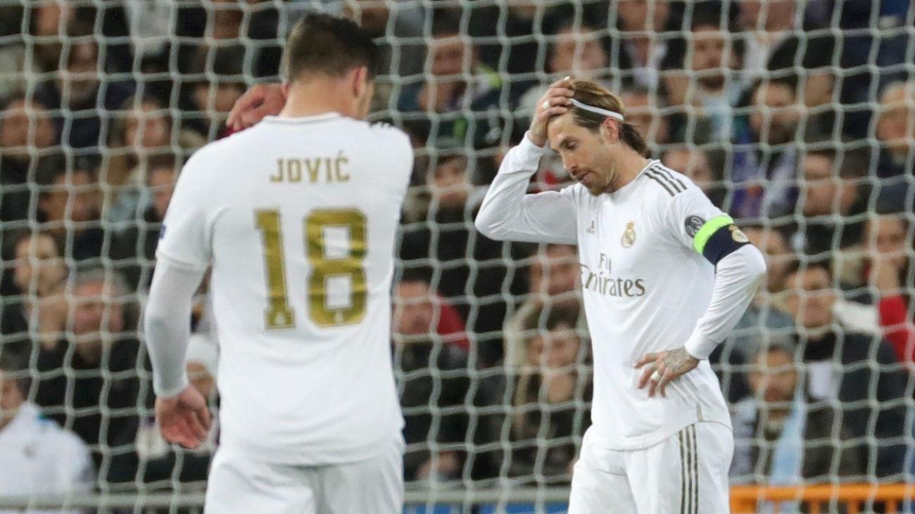 Jovic y Sergio Ramos