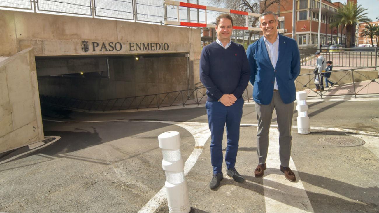 El alcalde de Torrejón, Ignacio Vázquez, y el concejal de Urbanismo, Alberto Cantalejo