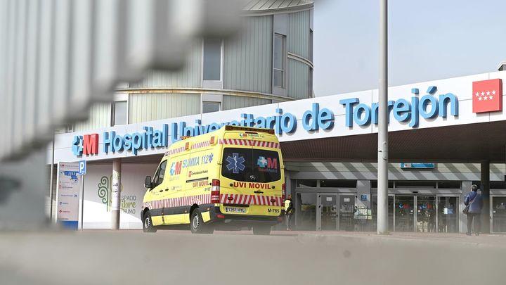 Madrid suspende durante un mes las prácticas de estudiantes sanitarios en hospitales y centros de salud