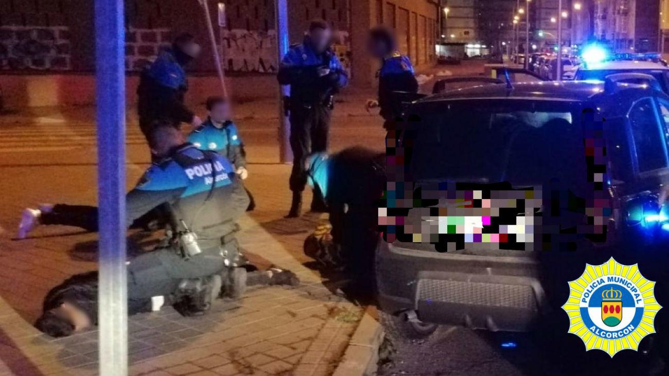 Una persecución de Alcorcón a Madrid deja cuatro policías heridos