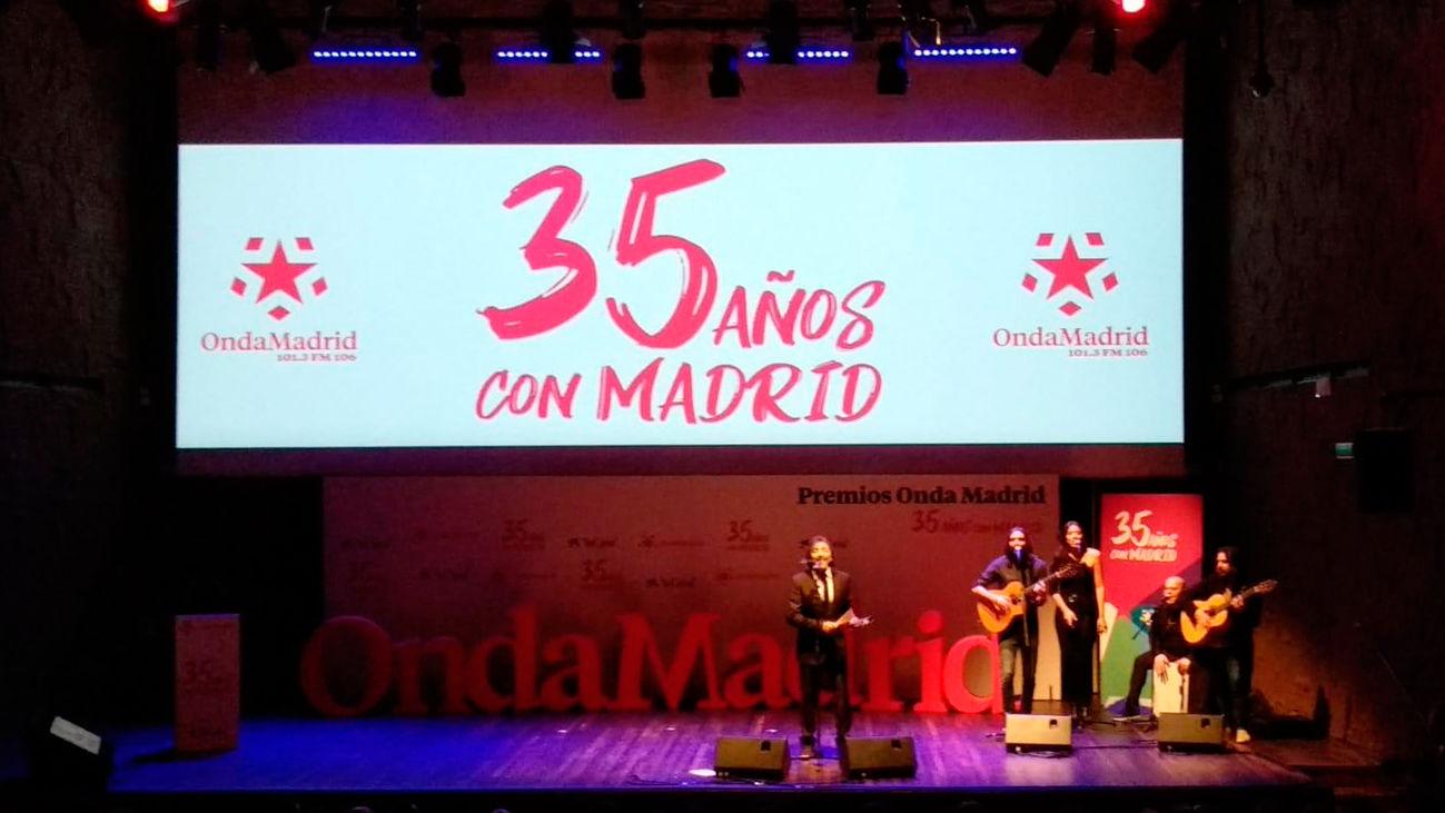"""""""Especial gala de premios - 35 aniversario de Onda Madrid """" (21:00-23:00)"""