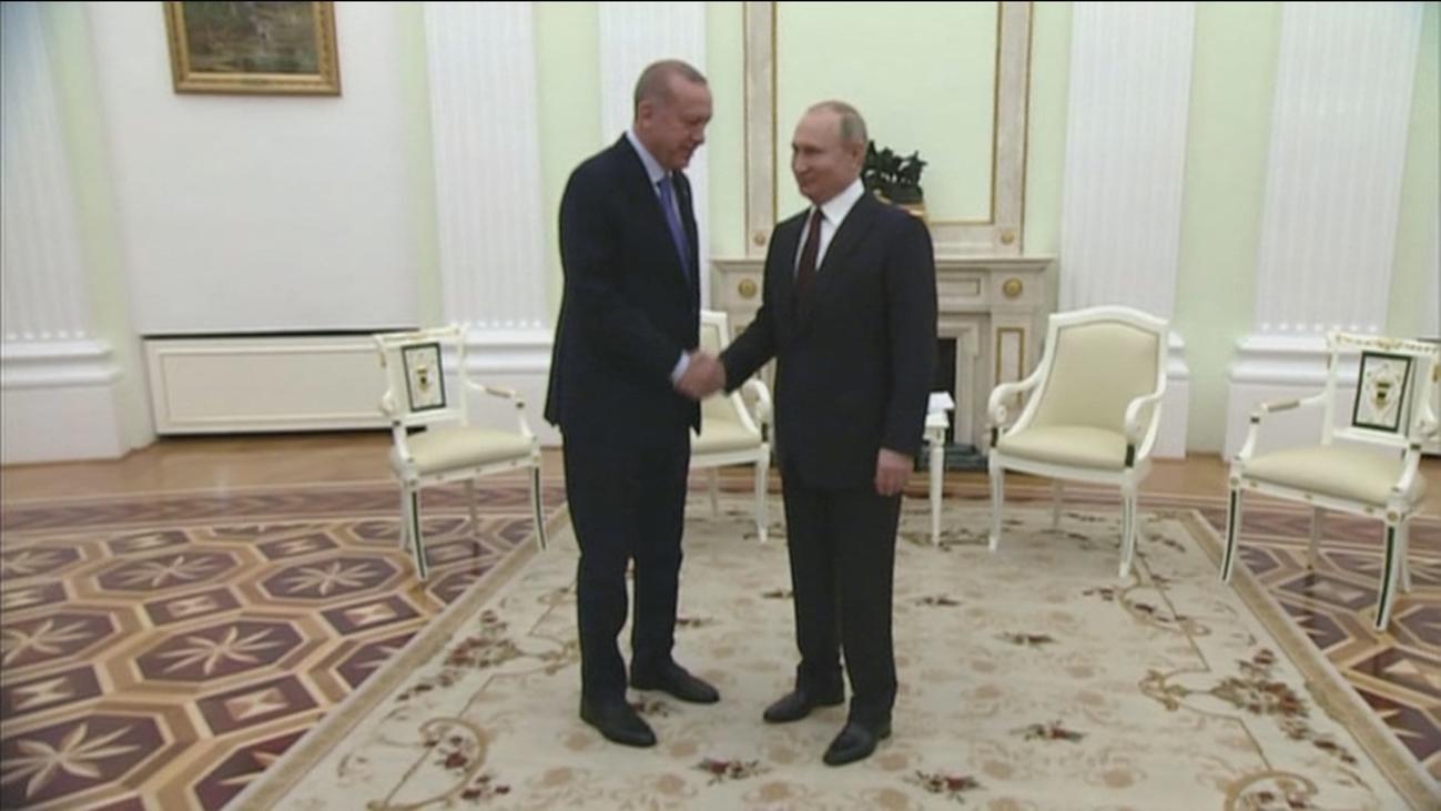 Rusia y Turquía acuerdan un alto el fuego en Idlib esta medianoche