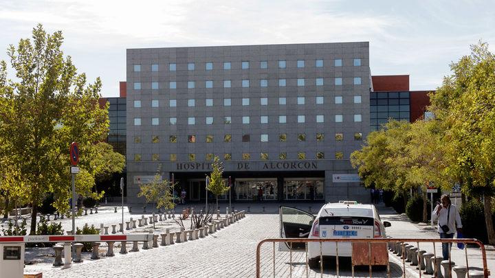 Tres de cada diez trabajadores del Hospital de Alcorcón,  positivo en coronavirus