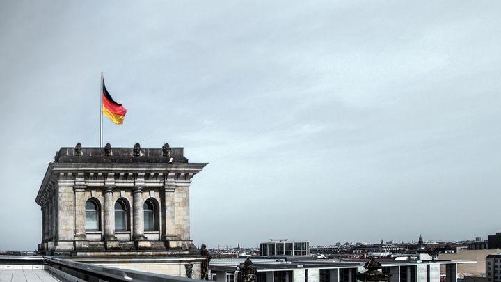 Oportunidad de formación y empleo en cuidados geriátricos en Alemania