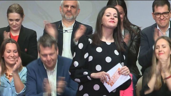 Arrimadas, nueva presidenta de Ciudadanos tras ganar las primarias a Igea con el 77% de los votos