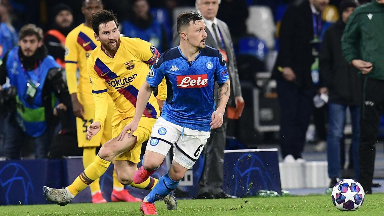 Messi ante el Nápoles
