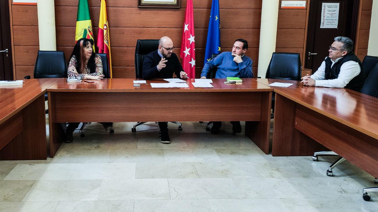 Reunión en el Ayuntamiento de Manzanares El Real