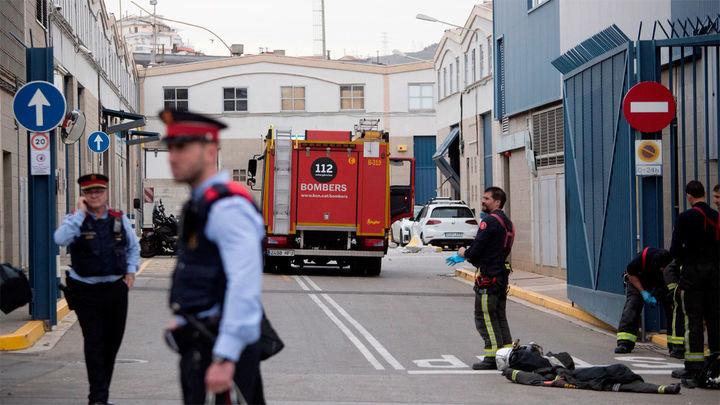 Un muerto, un desaparecido  y 19 heridos en una explosión en una empresa química de Barcelona