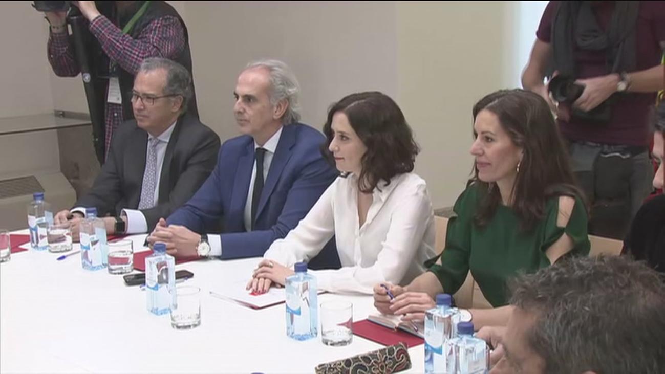 Ayuso traslada a los municipios madrileños las medidas sobre el coronavirus