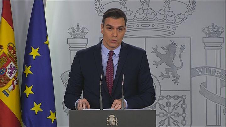 """Pedro Sánchez no 'cierra' Madrid ante el coronavirus y pide """"calma"""""""