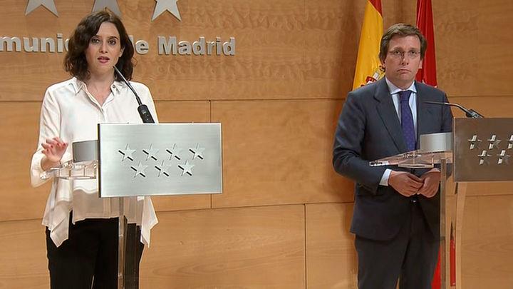 """Once alcaldes denuncian ante Ayuso """"diferencia de trato"""" respecto a Almeida"""