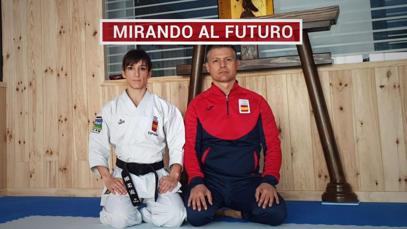 La karateka Sándra Sánchez no para sus entrenamientos, pero en casa