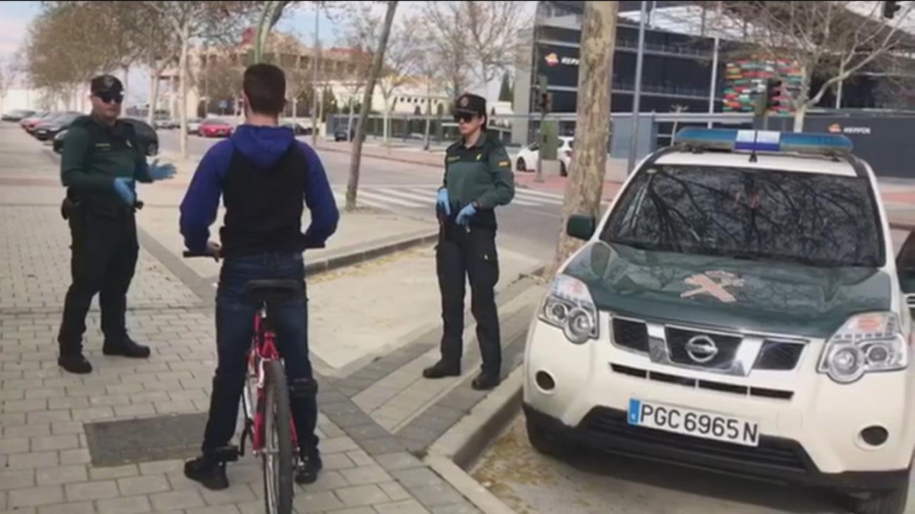 Cuatro detenidos y 214 denuncias por incumplir el aislamiento en Madrid