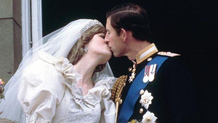 Un paseo por la vida de la Familia Real Británica en imágenes