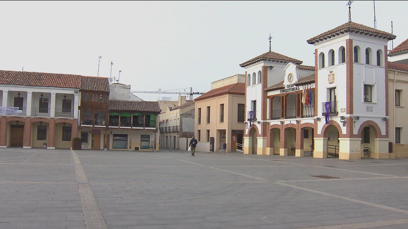Calles vacías en Pinto en cumplimiento del confinamiento