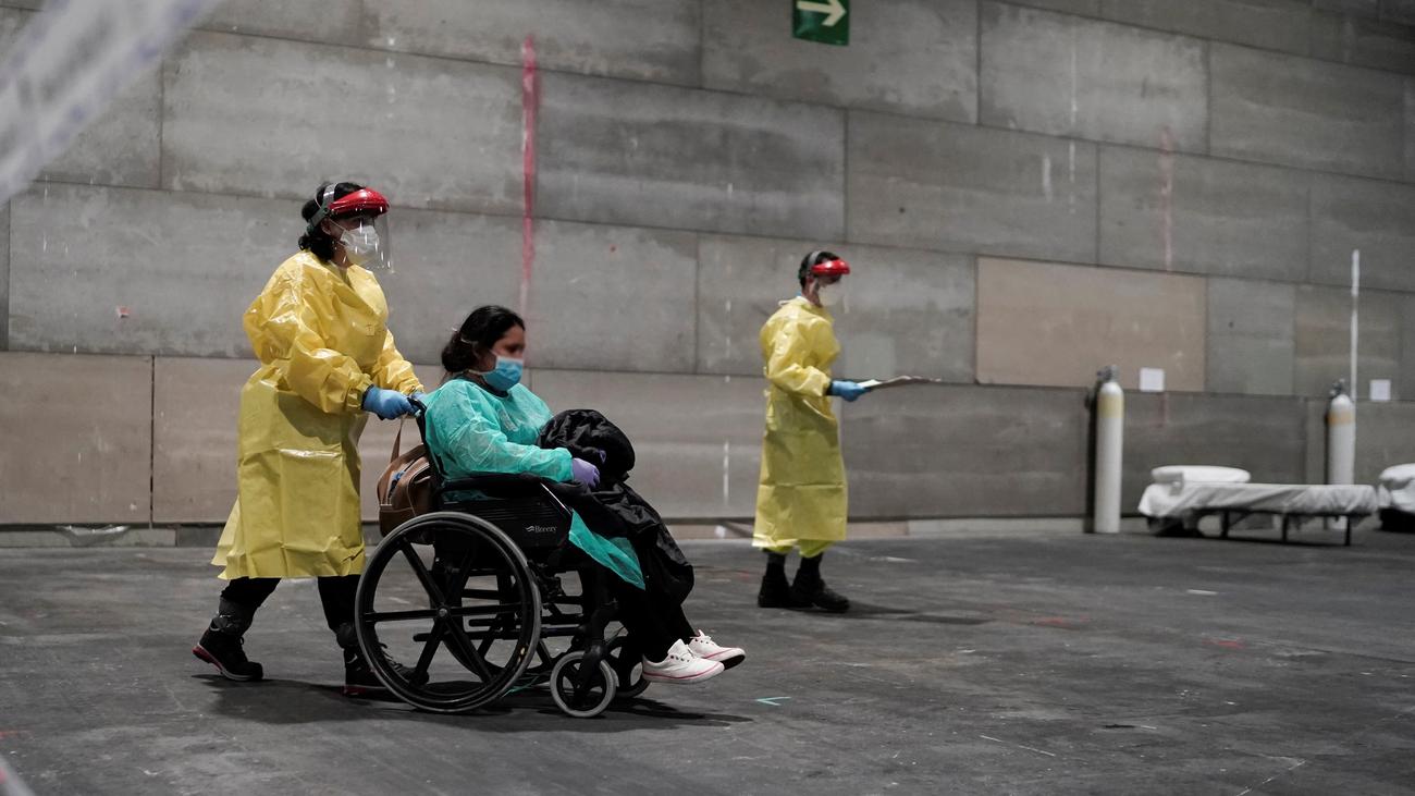 La Comunidad de Madrid ya atiende a más de un centenar de pacientes en Ifema
