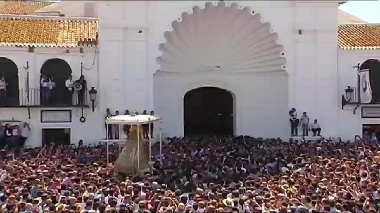Suspendida la romería del Rocío y el traslado de la Virgen a la aldea de Almonte