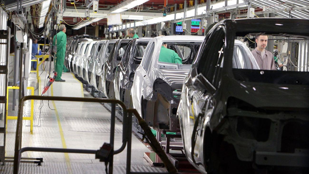 Cadena de producción de automóviles