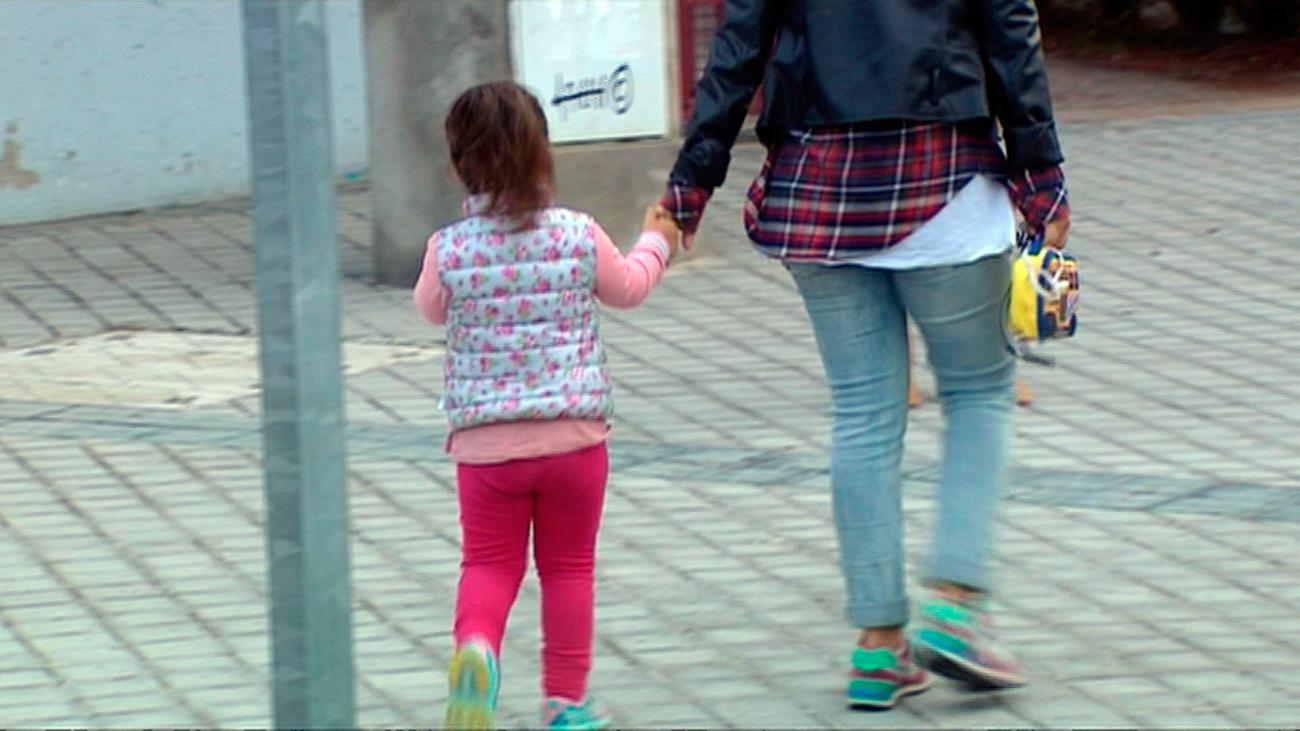 Un padre es increpado en Leganés por pasear con su hijo con autismo