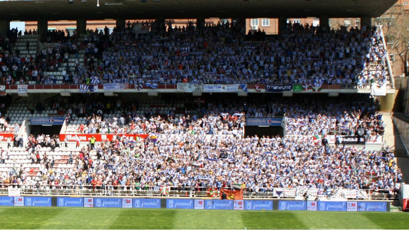 La afición del Rayo Vallecano recauda 21.000 euros en 48 horas