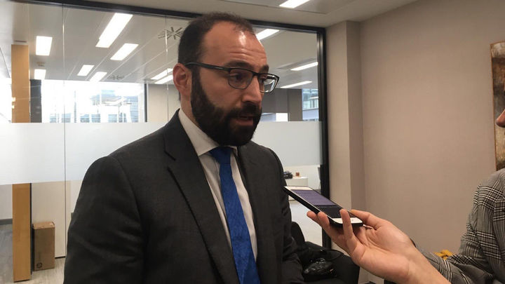 """Manuel Giménez: """"No puedes prohibir a alguien que abra su negocio y a la vez decirle que siga pagando los impuestos"""""""