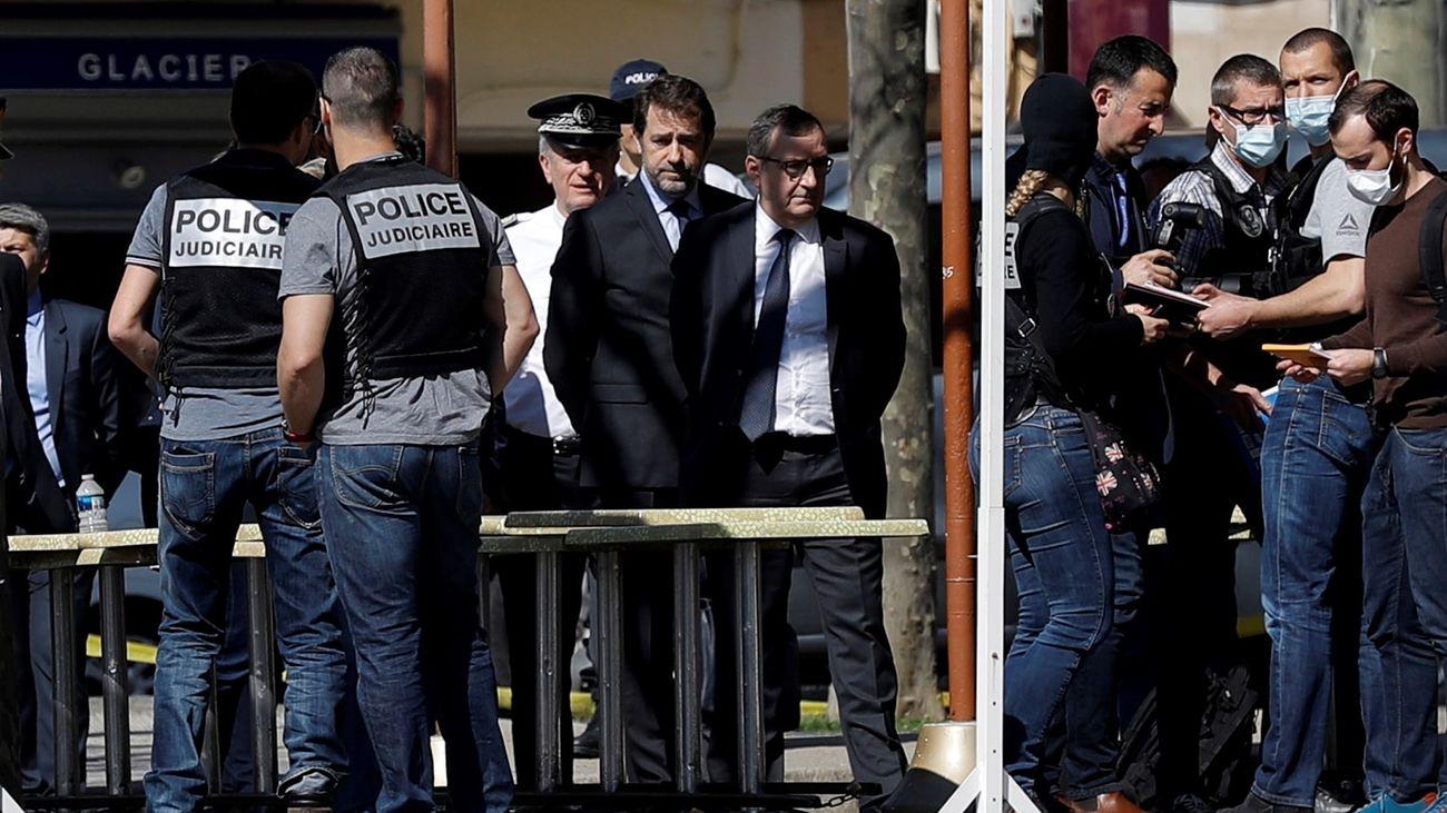Francia investiga como acto terrorista el ataque con cuchillo con dos muertos