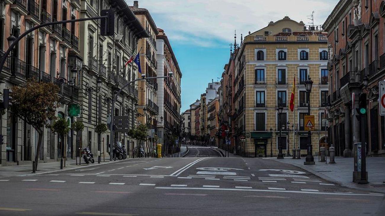 La calle Mayor, vacía por el coronavirus
