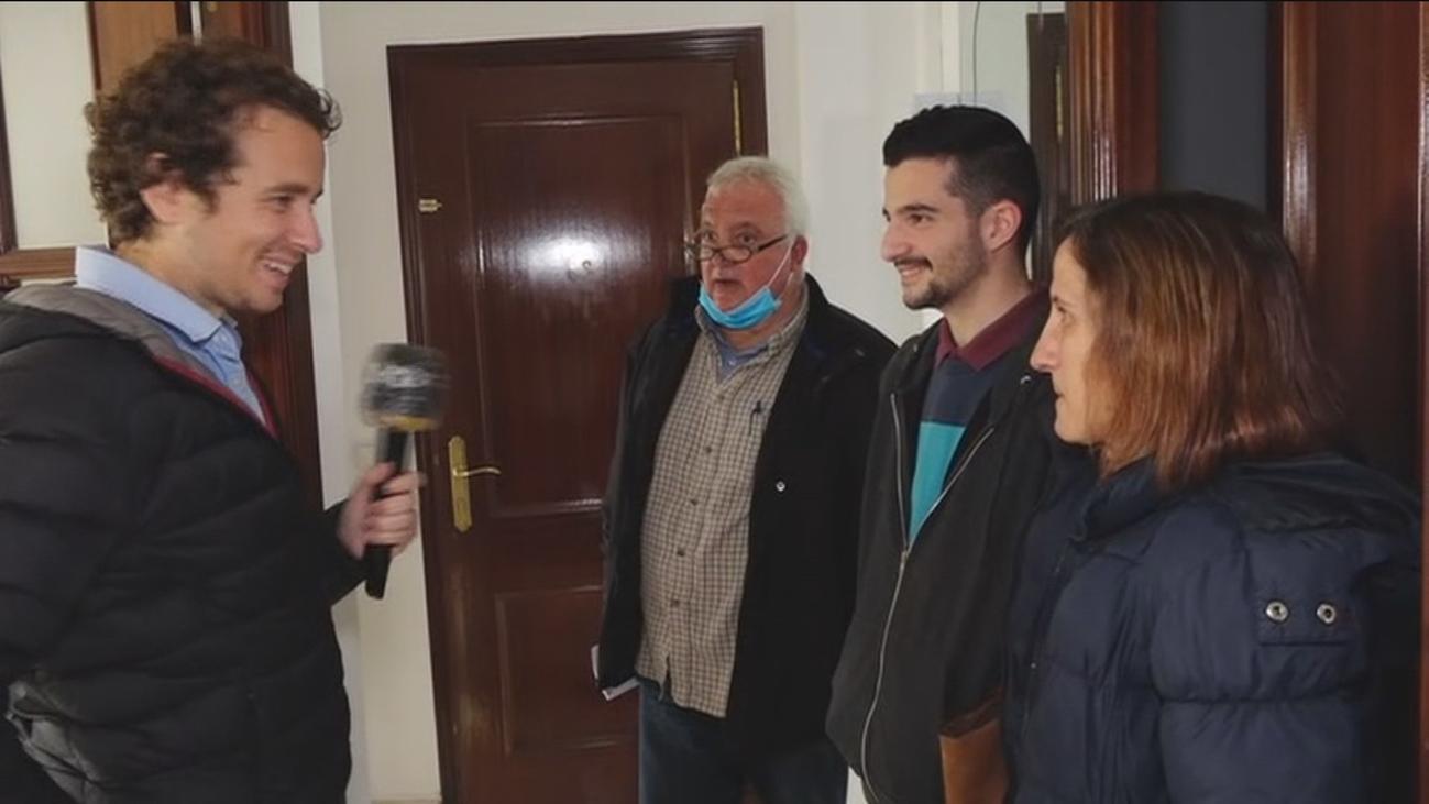 La familia madrileña confinada en un coche ya tiene casa