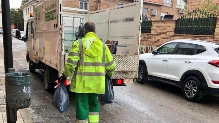 San Martín de la Vega recoge la basura a domicilio a personas en situación de riesgo