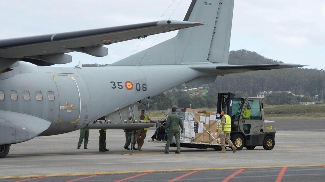 El Ejército envía desde Getafe material sanitario a Canarias y Melilla