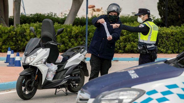 La Guardia Civil puso más de 2.100 multas el Miércoles Santo por desplazamientos injustificados